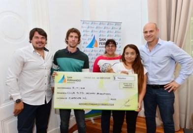 San Fernando entregó una ayuda económica al Club Malvinas Argentinas