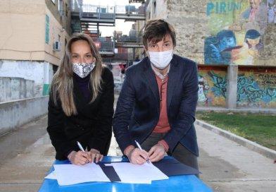 Galmarini firmó convenio con el intendente Lucas Ghi para reactivar obras en Morón