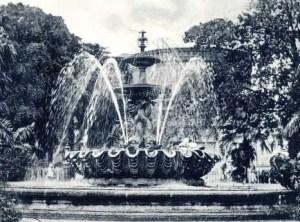 Archive photo Dolphin Fountain, Bridgetown, Barbados