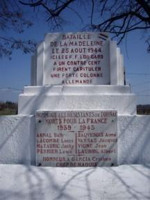Monumento conmemorativo, Tornac