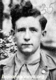 El joven sargento Pierre Georges, en el Batallón Commune de Paris.