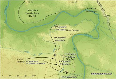 Ataque del 19 por la tarde del 4º Regimiento de la 1ª División de Navarra sobre el 9º Batallón Commune de Paris y la 139 B.M. El círculo concéntrico indica la situación de la fosa hallada.