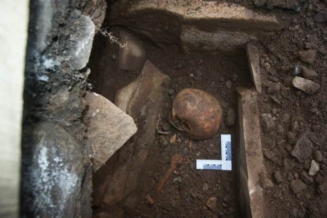 13th century Cist Burial. Image: CR Archaeology