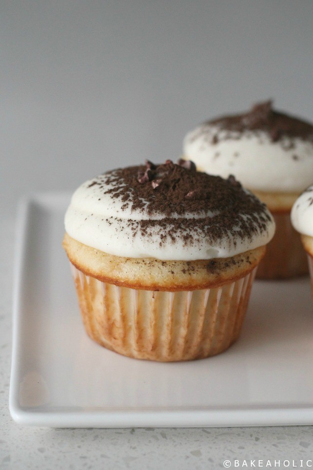 bakeaholic-tiramisu-cupcakes
