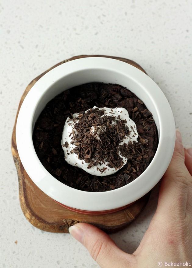 Vegan Chocolate Brownies // bakeaholic.ca