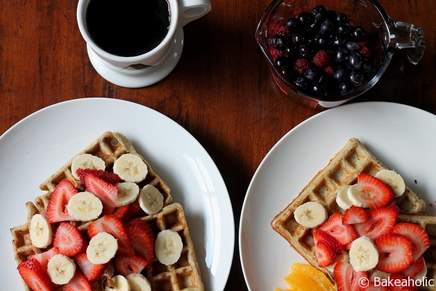 quinoa waffles // bakeaholic