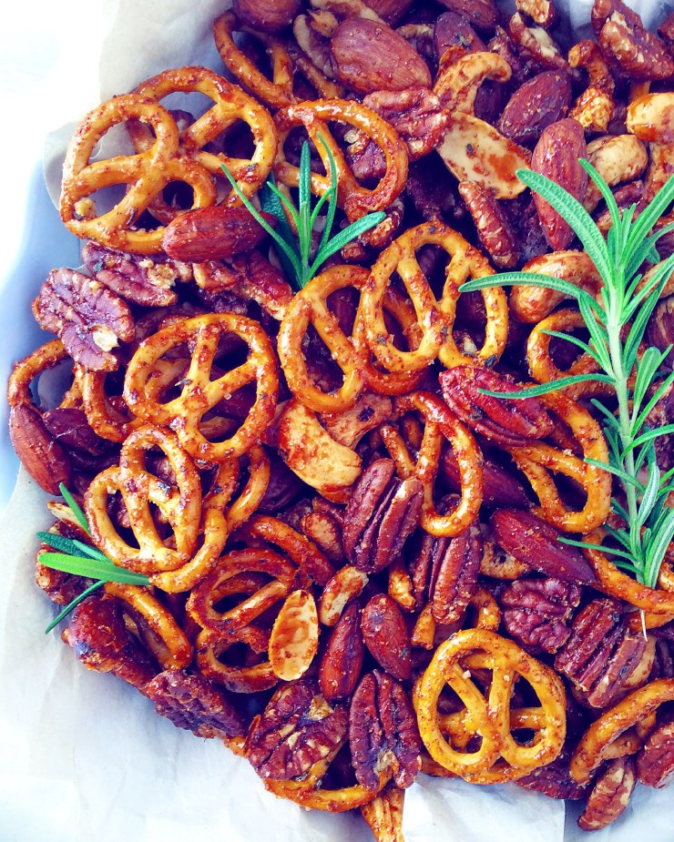 Sweet & Savory Pretzel and Nut Snack Mix