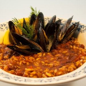 Chorizo Mussels at Delectable, www.delectablecookingandbaking.com