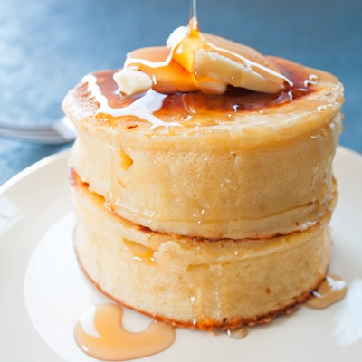 Thick Fluffy Japanese Style Pancakes at Bake It With Love, www.bakeitwithlove.com