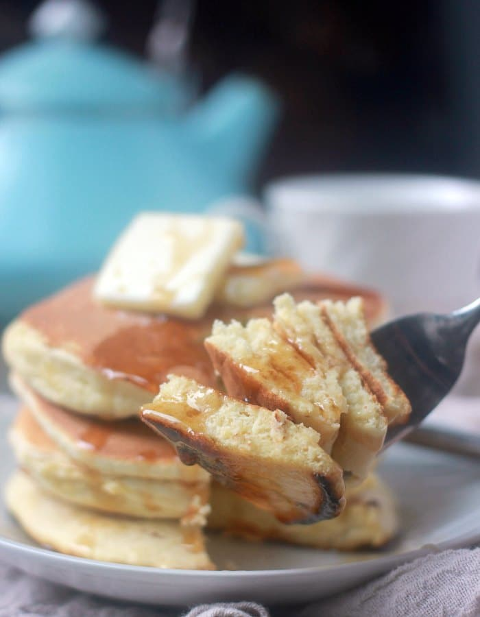 How to make pancakes without eggs milk and baking powder howsto pancakes without baking powder fluffy souffle baker bettie how to make ccuart Image collections