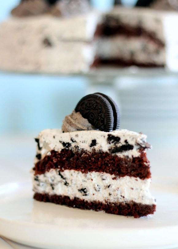 Oreo Cake | Bakerita.com