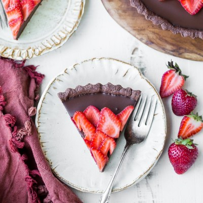 Strawberry Chocolate Tart (Gluten Free, Paleo + Vegan)