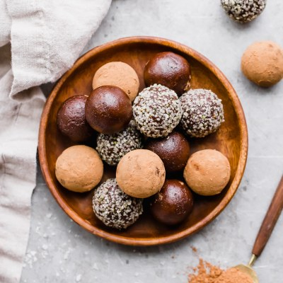 Raw Chocolate Truffles (Gluten Free, Paleo + Vegan)