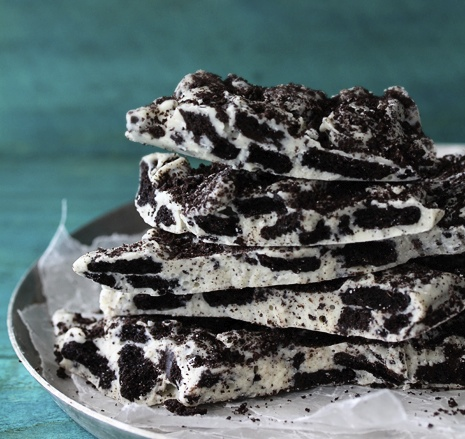 Cookies and Cream Oreo Bark from Bakers Royale