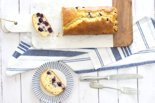 PLUMCAKE AI MIRTILLI E YOGURT