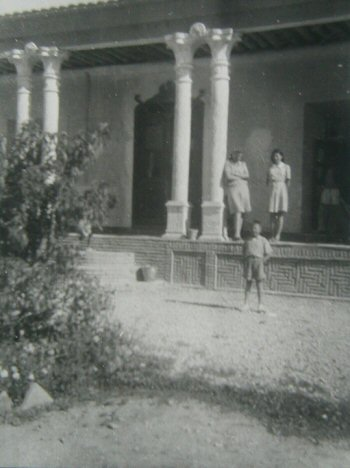 Soraya and Bijan at Esfandiar Khan's Fort in Ghahfe-Rokh 1942