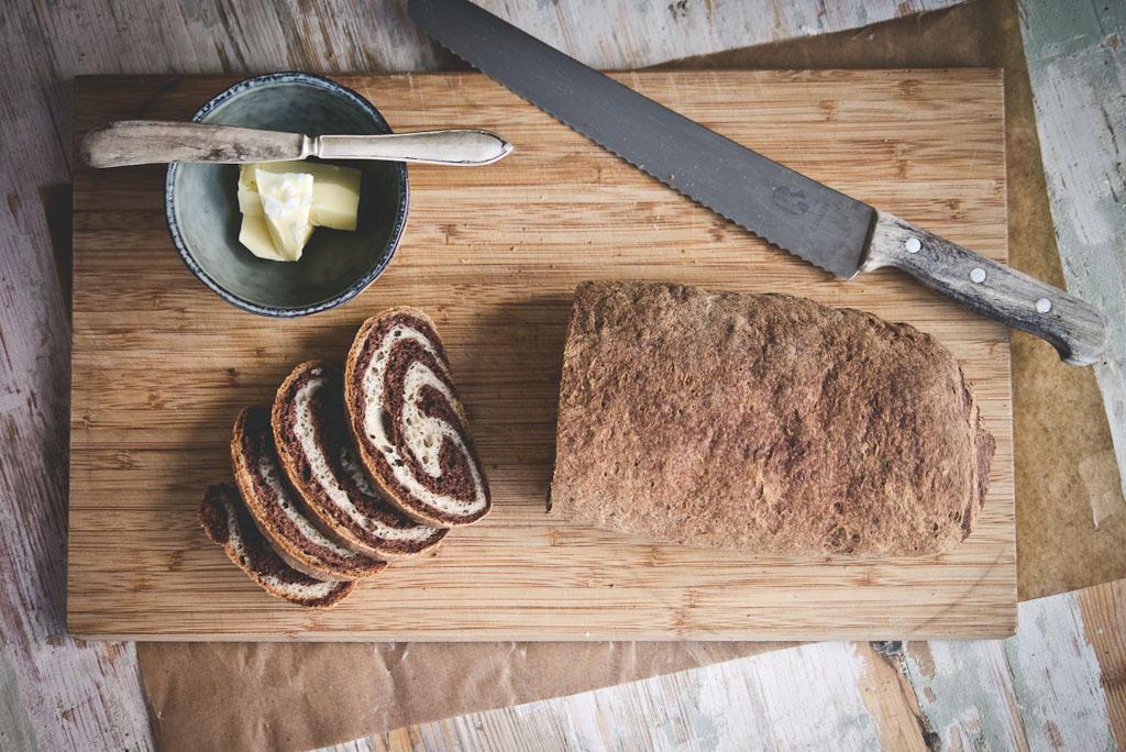 gluten free marble rye bread-1-2