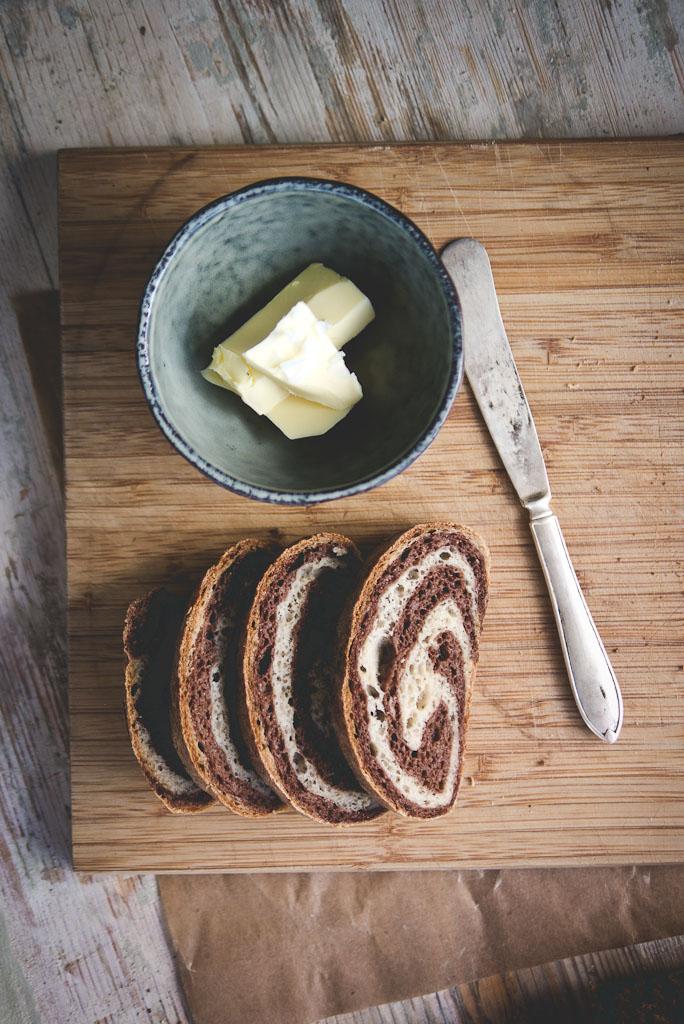 gluten free marble rye bread-5