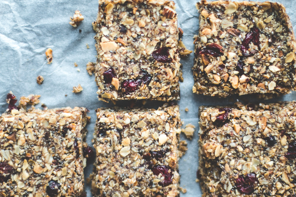 cranberry granola bars-3