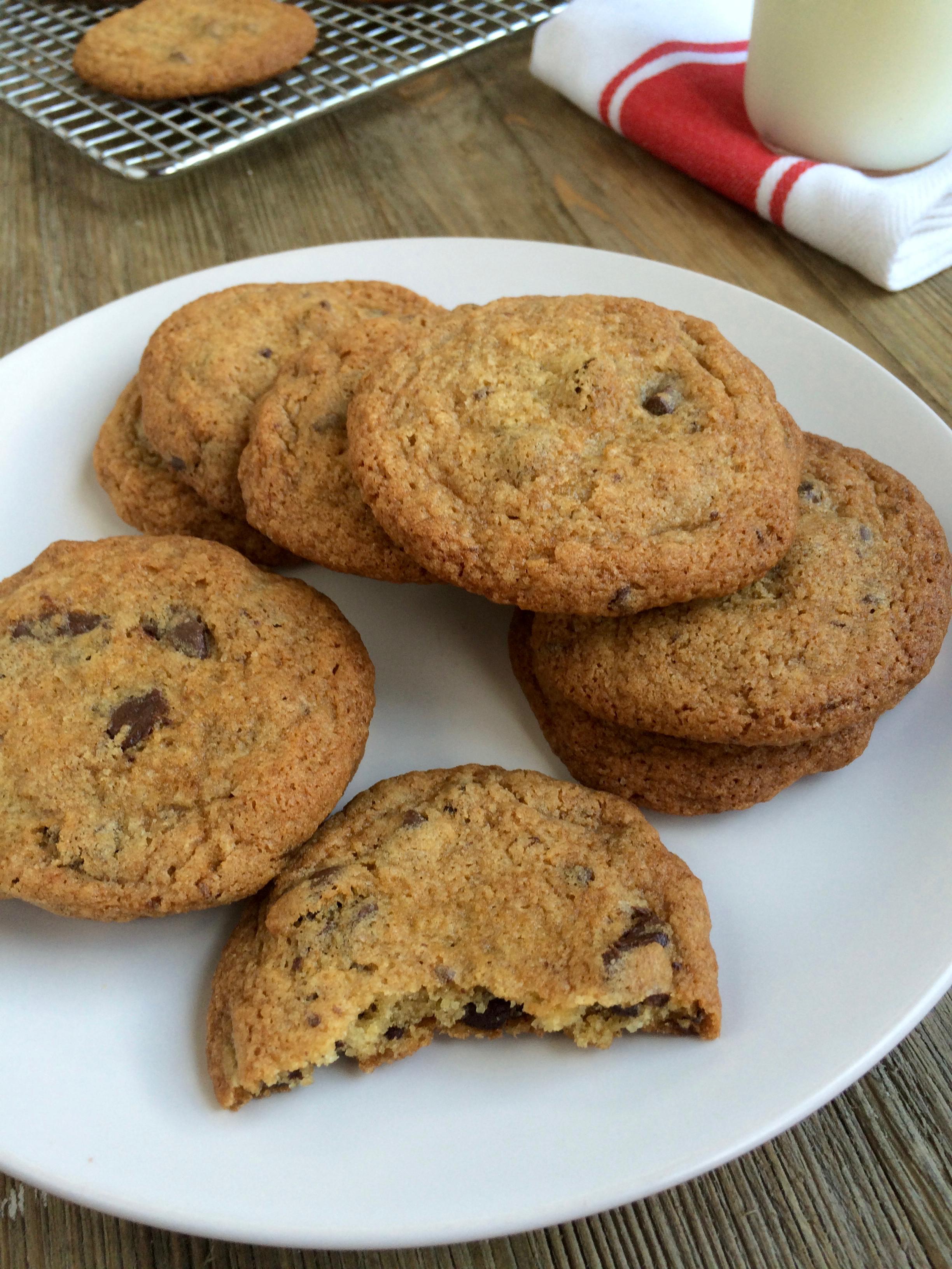 Chocolate Chip Cookies jut like Tate's!