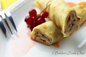 Crepes met rode saus