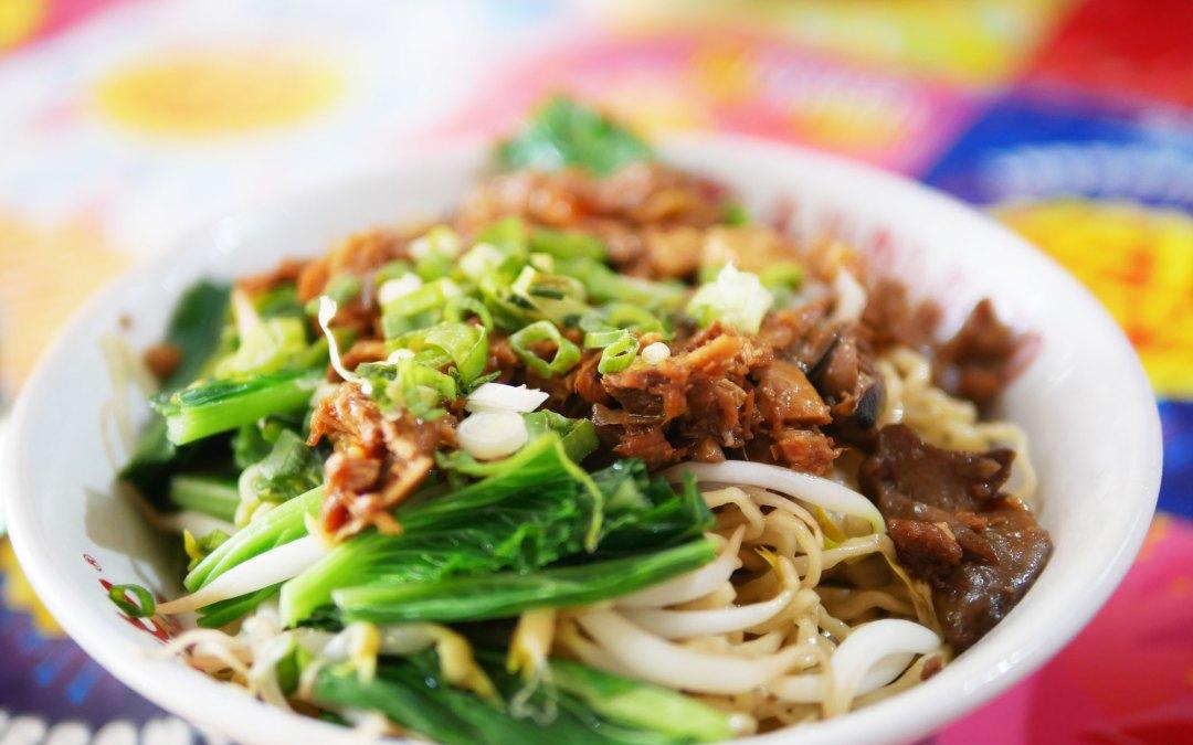 Bakmi Acong, Bakmi Ayam Lezat Legendaris di Kelapa Gading