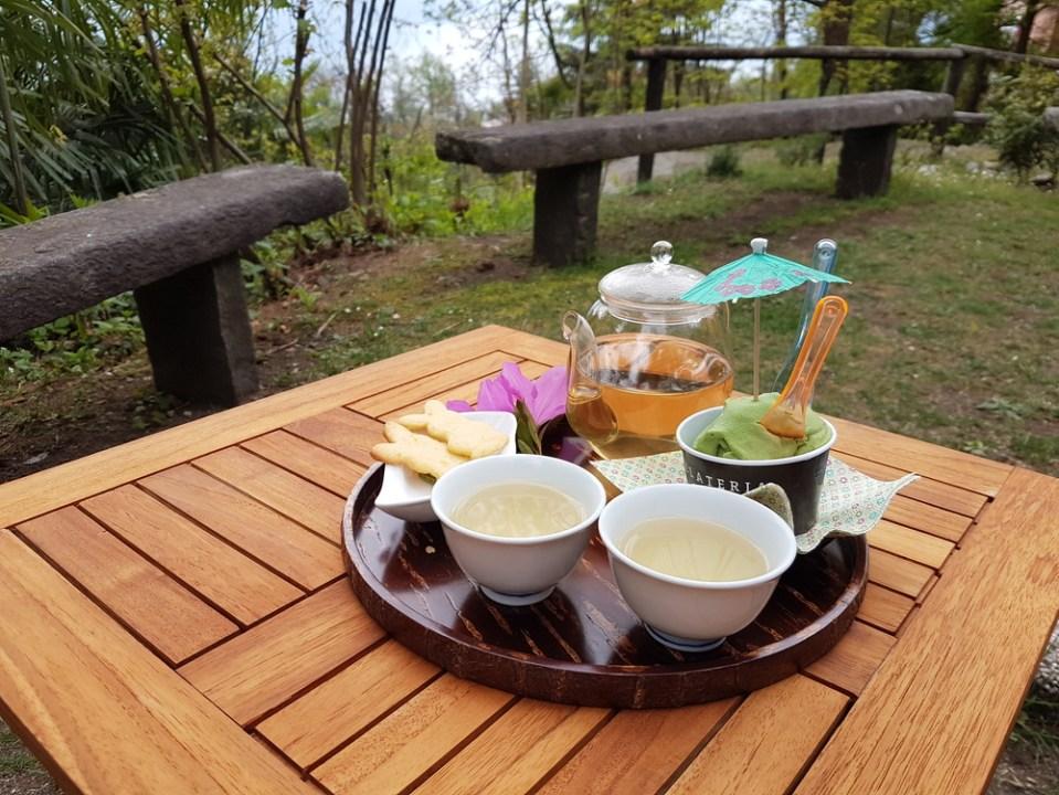 Thé vert et glace au matcha à la Casa del tè