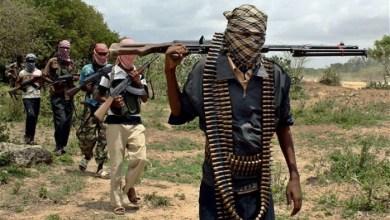 """صورة مقتل عسكري و2 متعاقدين مع الجيش الأمريكي بهجوم على قاعدة بـ""""كينيا"""""""
