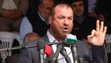 صورة حماد لأهل القدس : قادمون إليكم بجيش القسام لتحرير الأقصى والقدس وكل فلسطين