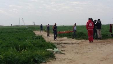 صورة فيديو:3 اصابات بقصف وإطلاق نار.. الاحتلال ينكل بجثمان شهيد شرق خانيونس