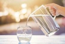 صورة كم كوب ماء يجب أن نشرب يوميا؟
