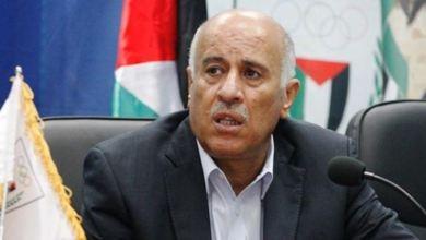 صورة الرجوب يطلع السفير المصري على آخر المستجدات السياسية