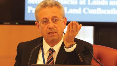 صورة البرغوثي يدعو لتخفيض سن الترشح للمجلسين التشريعي والوطني إلى 21 عاماً