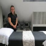 Marjanne van Balanced Feet in behandelkamer