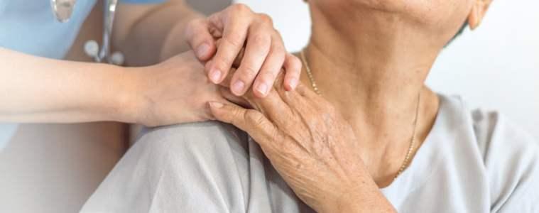 Los cuidadores no profesionales son los afiliados a Servicios Sociales que más crecen