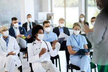 Amade impulsa la formación de los médicos de las residencias