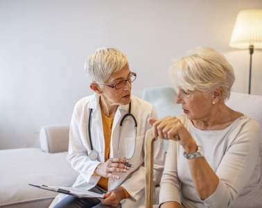Personalizar la atención en los pacientes con alzhéimer es crucial