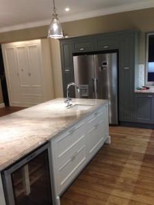 Virtuves-baldai-klasikinis-dizainas-5-baldmax.lt