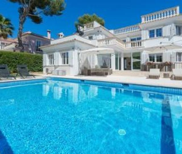 Outstanding Villa For Sale In Santa Ponsa Mallorca