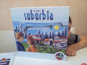 La scatola del gioco presentata da Massimo ;)