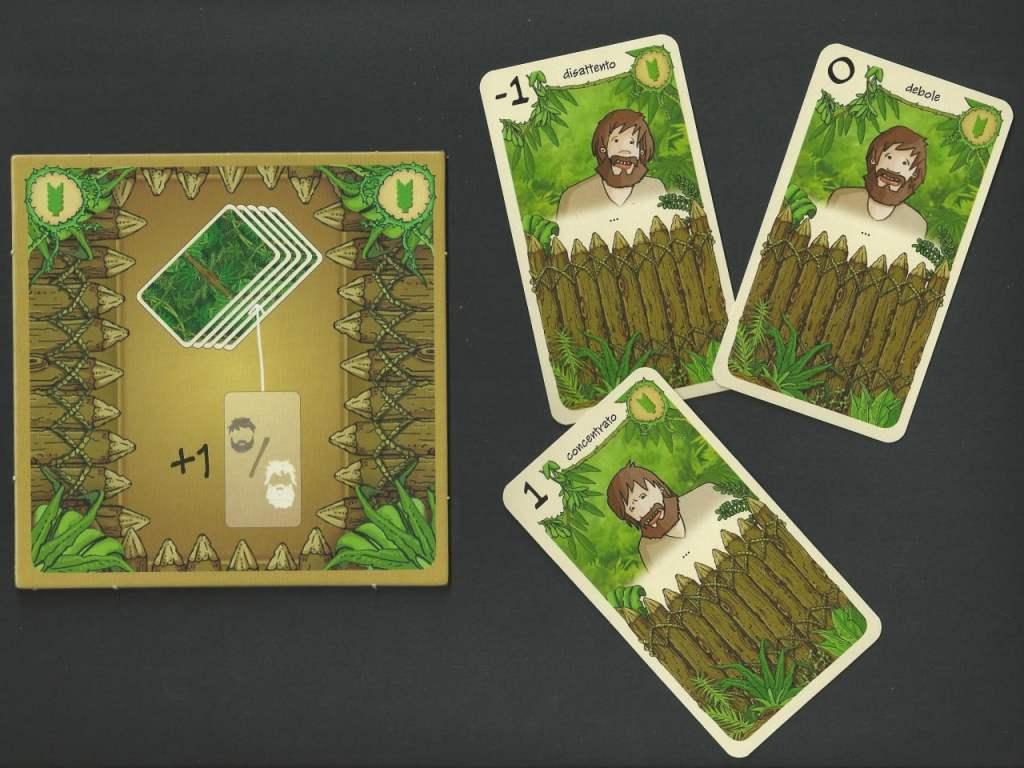 Mini-Board Carte Combattimento con esempi di Carte Combattimento iniziali: non proprio fortissime...