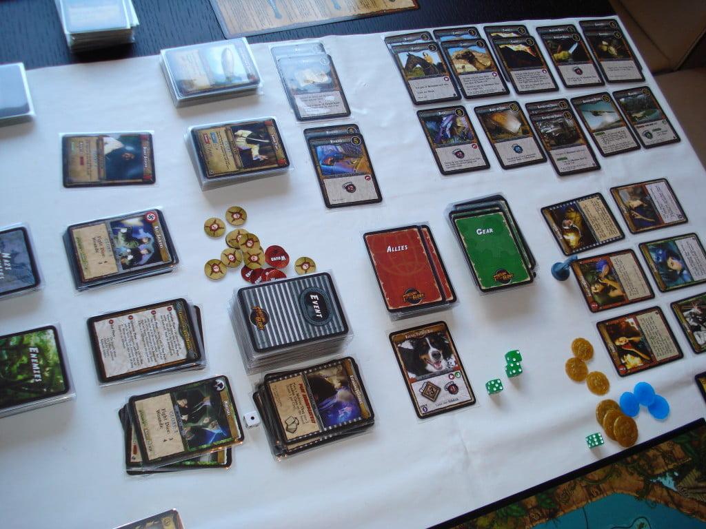 Sistemare sul tavolo tutti questi mazzi e i relativi scarti richiede spazio...