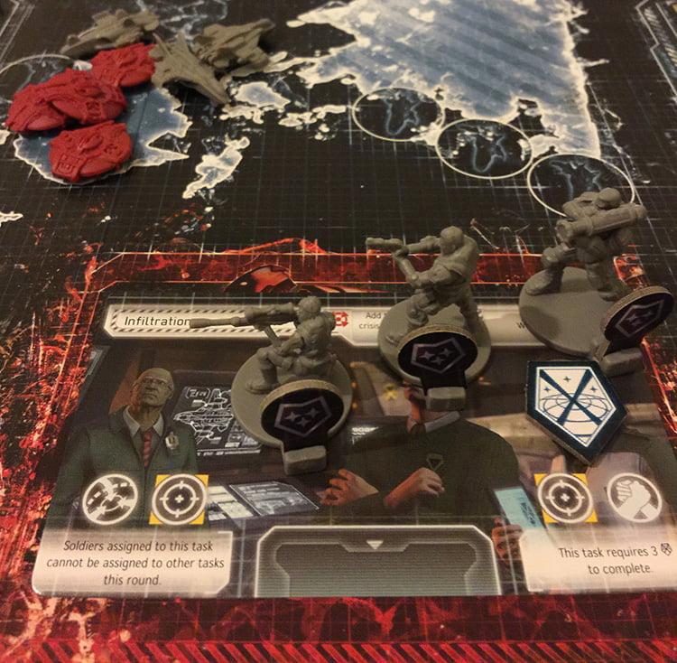 I soldati di Elite completano la missione finale. Abbiamo vinto la terra è salva, almeno per un'altra oretta: si ricomincia con un livello di difficoltà più elevato.