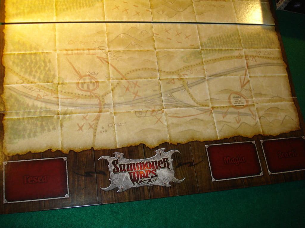 La mappa deluxe contenuta nel master set, divisa in due sezioni
