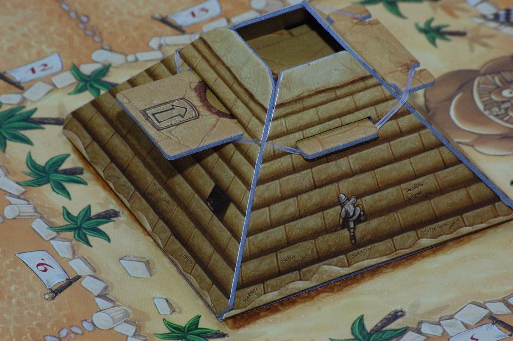 La piramide dice dispensre