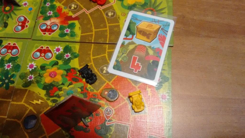 Ma il giocatore nero elimina la bomba con un missile.