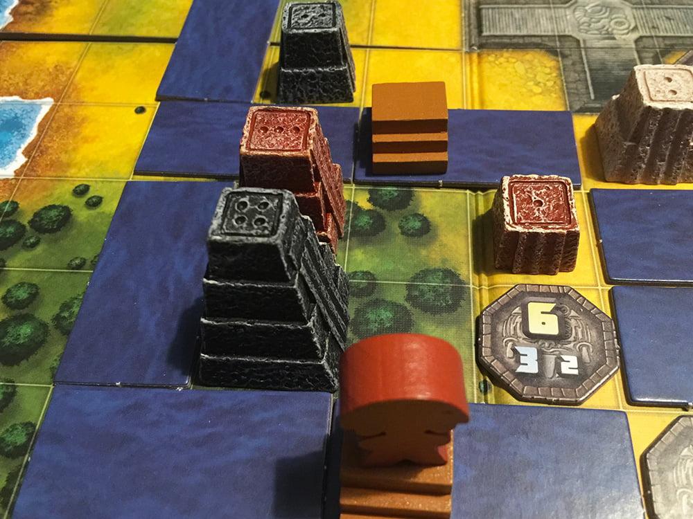 Il Pilli Mexica bordeaux sta lasciando un Calpulli in cui ha appena fondato 2 templi.