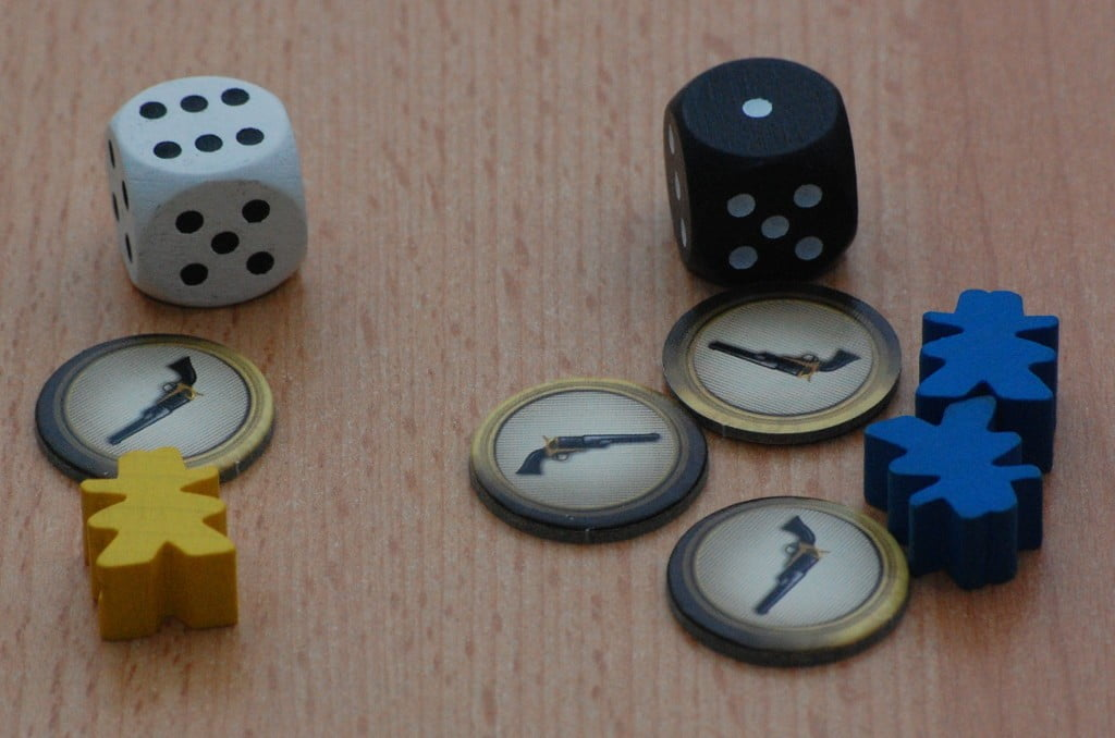 Il giocatore giallo vince il duello 8 a 6... Il dado stavolta è stato determinante!