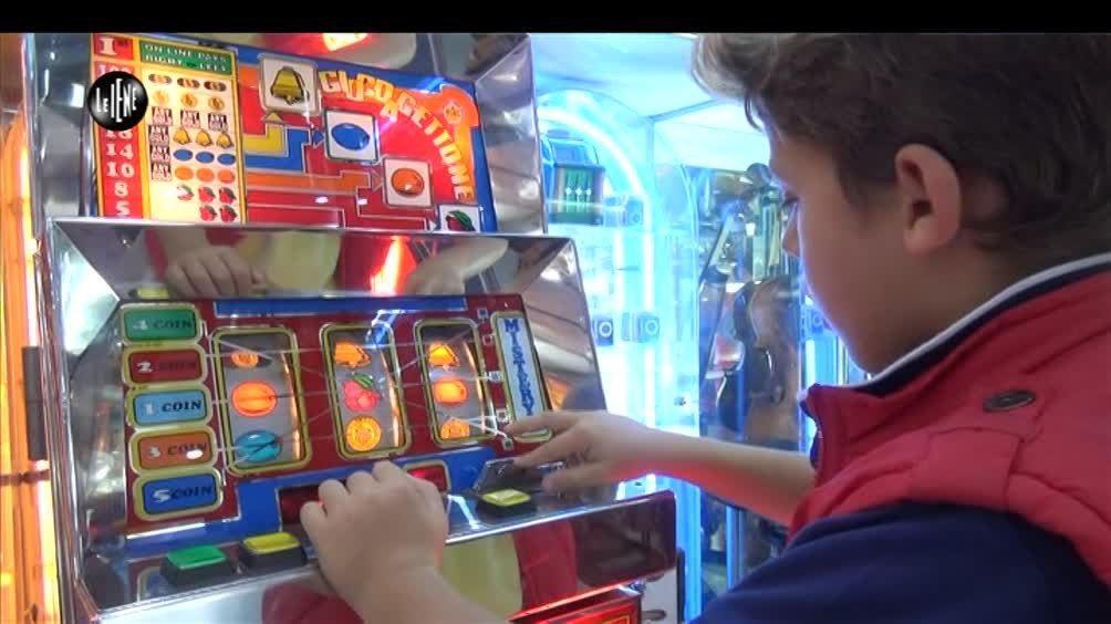 Azzardo e minori: se la pratica è strettamente vietato ai minori non altrettanto l'accesso alle sale di gioco.