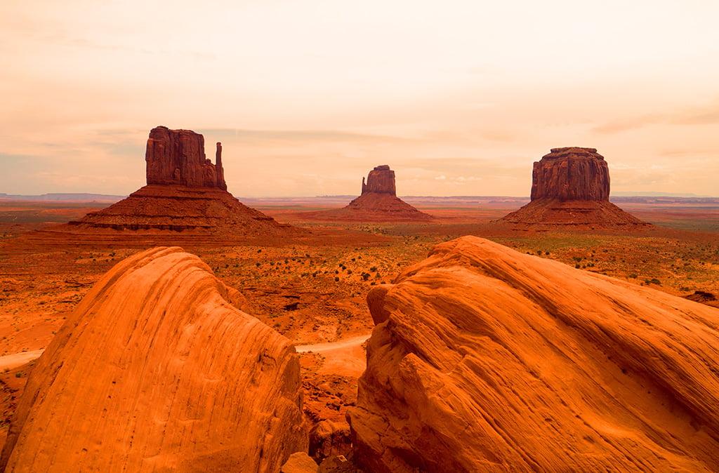 Tramonto sulla Monument Valley: e se non è un paesaggio marziano questo...